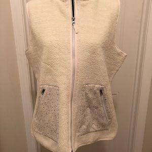 Talbots vest- Sherpa style NWT
